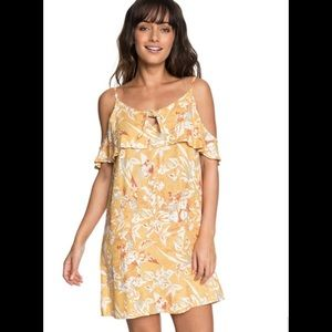 NWT💫 ROXY Beautiful strappy summer dress